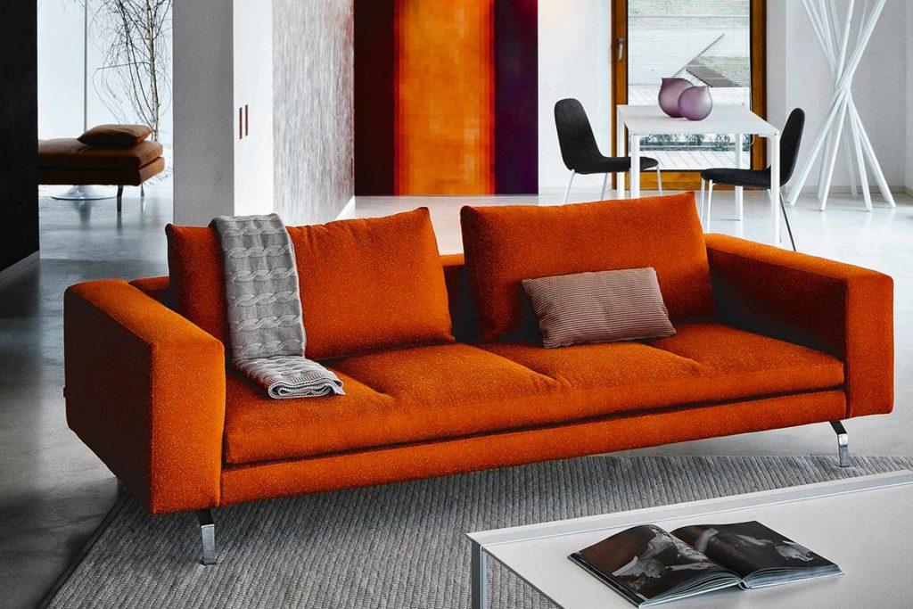 Scegliere colore divano e tu quale sei - Divano arancione ...
