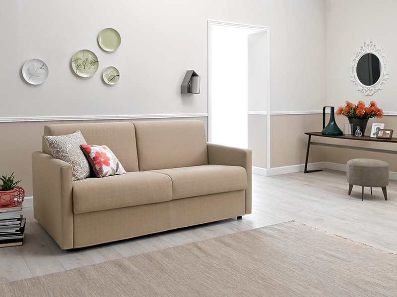 Mek divano letto per piccoli spazi.