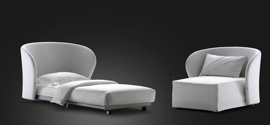 Celine di Flou in colore bianco - poltrone letto design - cinque modelli tra cui scegliere.