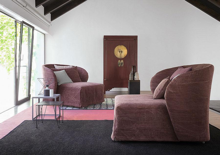 Celine di Flou, una poltrona letto semplice ma elegante.