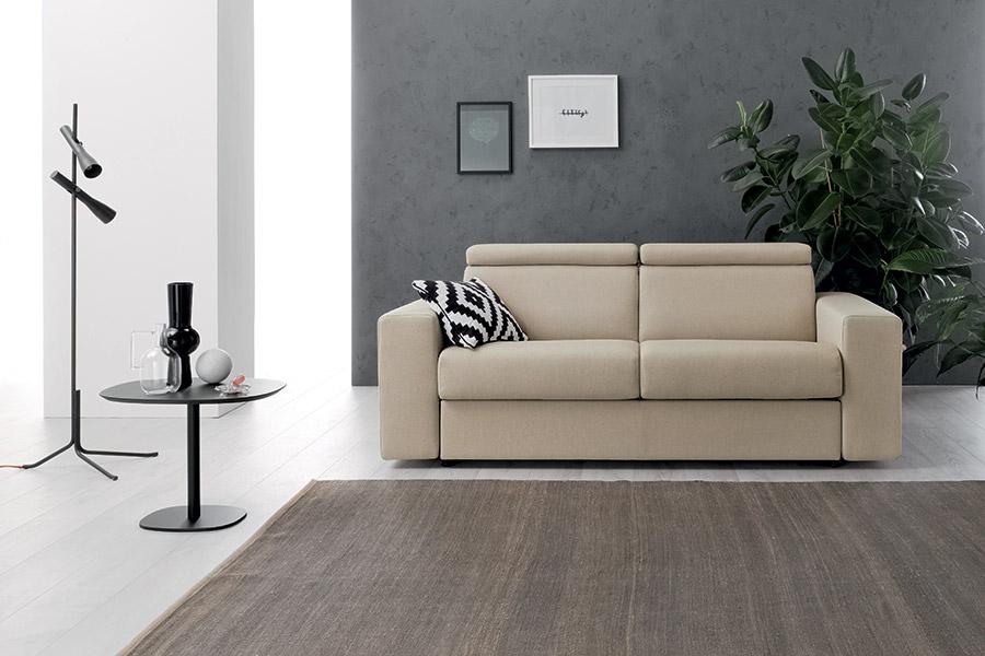 decorare le pareti del soggiorno con foto e quadri 10 idee