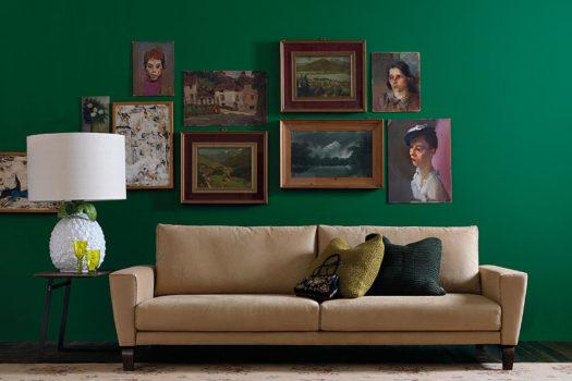Decorare le pareti del soggiorno con foto e quadri: 10 idee a cui ispirarsi.