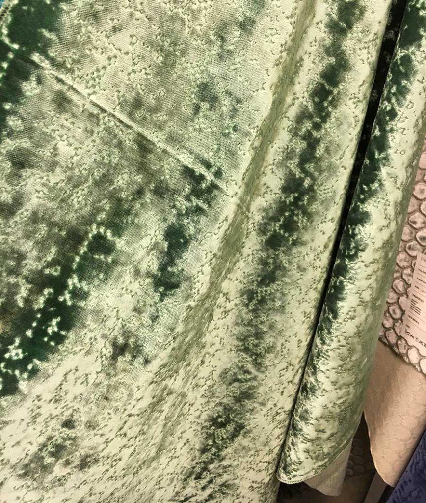 Tendenza arredo 2017 - tessuti in velluto verde