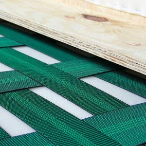 Caratteristiche tecniche dei divani: parti interne, le cinghie elastiche.