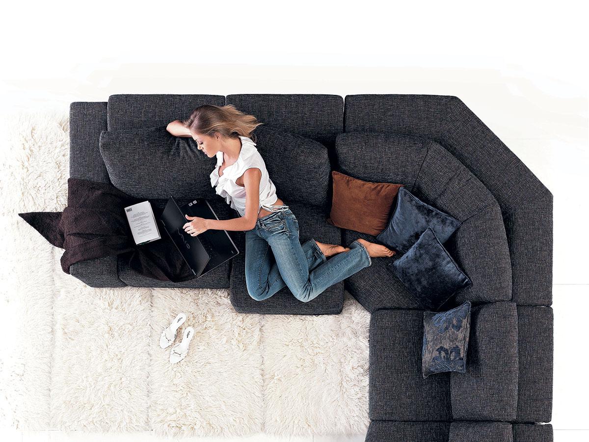 Divano Tessuto Antimacchia Opinioni divano comodo: di cosa sono fatte le imbottiture? - salotto