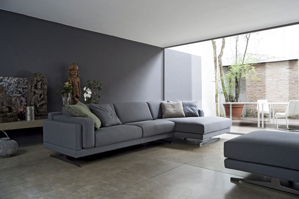 Doimo Salotti divano in tessuto.