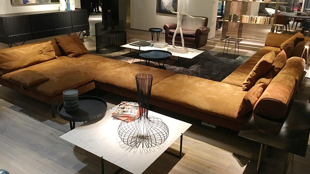 Trends 2017 il colore perfetto per il divano salotto perfetto - Divano del sesso ...