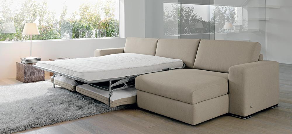 Idee salvaspazio divano angolare per piccoli spazi - Divano angolo letto ...