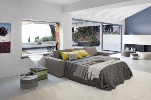 Scegliere il divano letto per la casa delle vacanze.