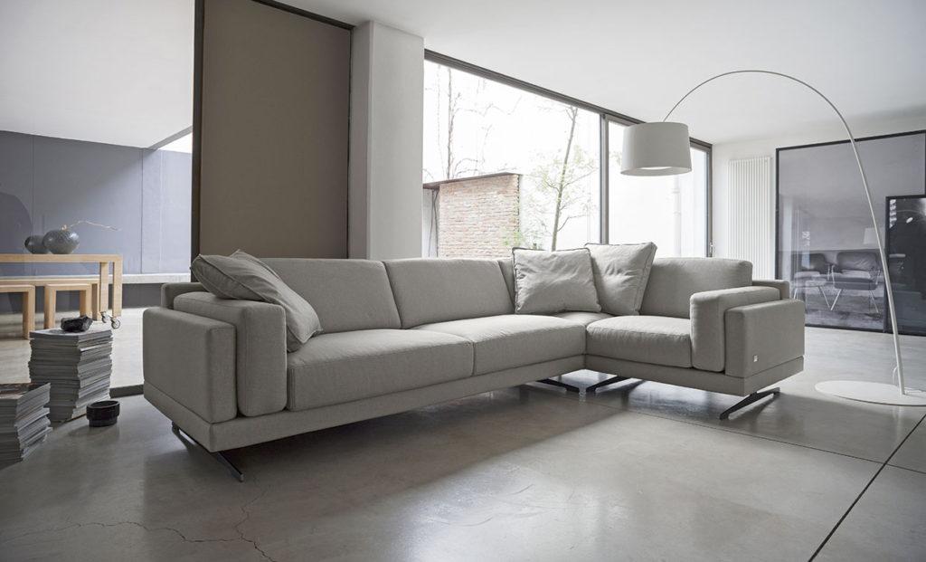 divano ad angolo grigio design doimo salotti.