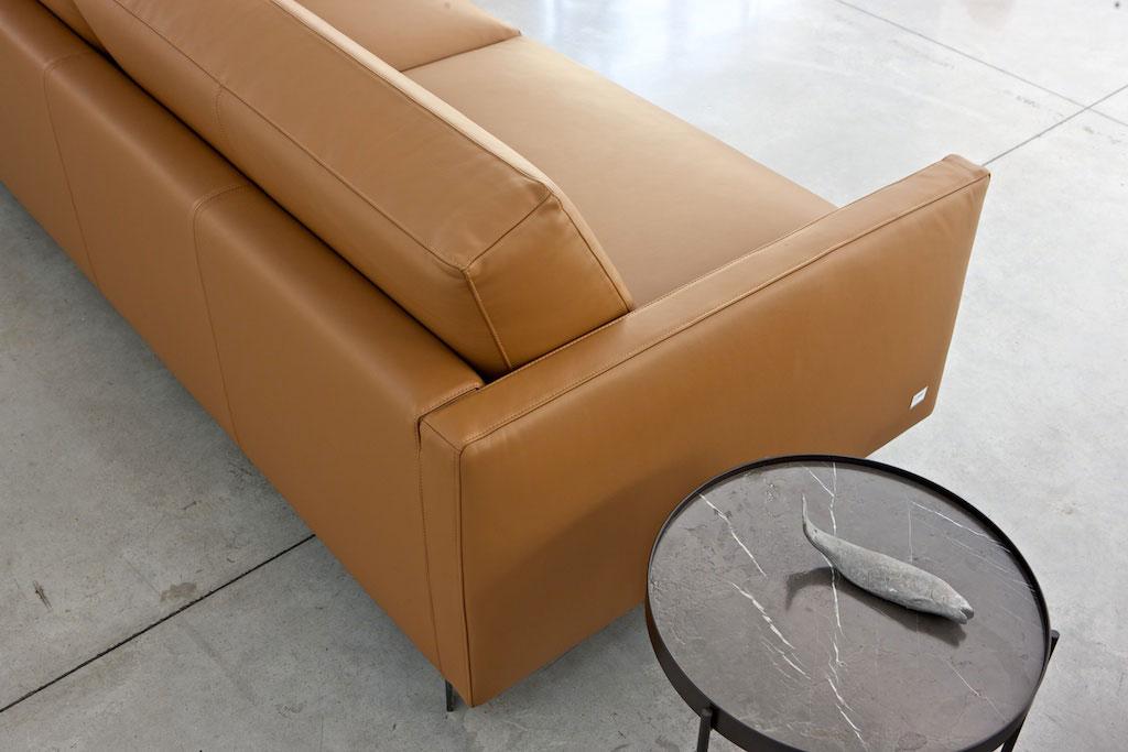 Pulire il divano istruzioni per l uso salotto perfetto - Pulizia divano pelle ...