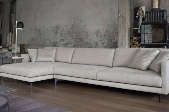 Scegliere la forma: divano con isola