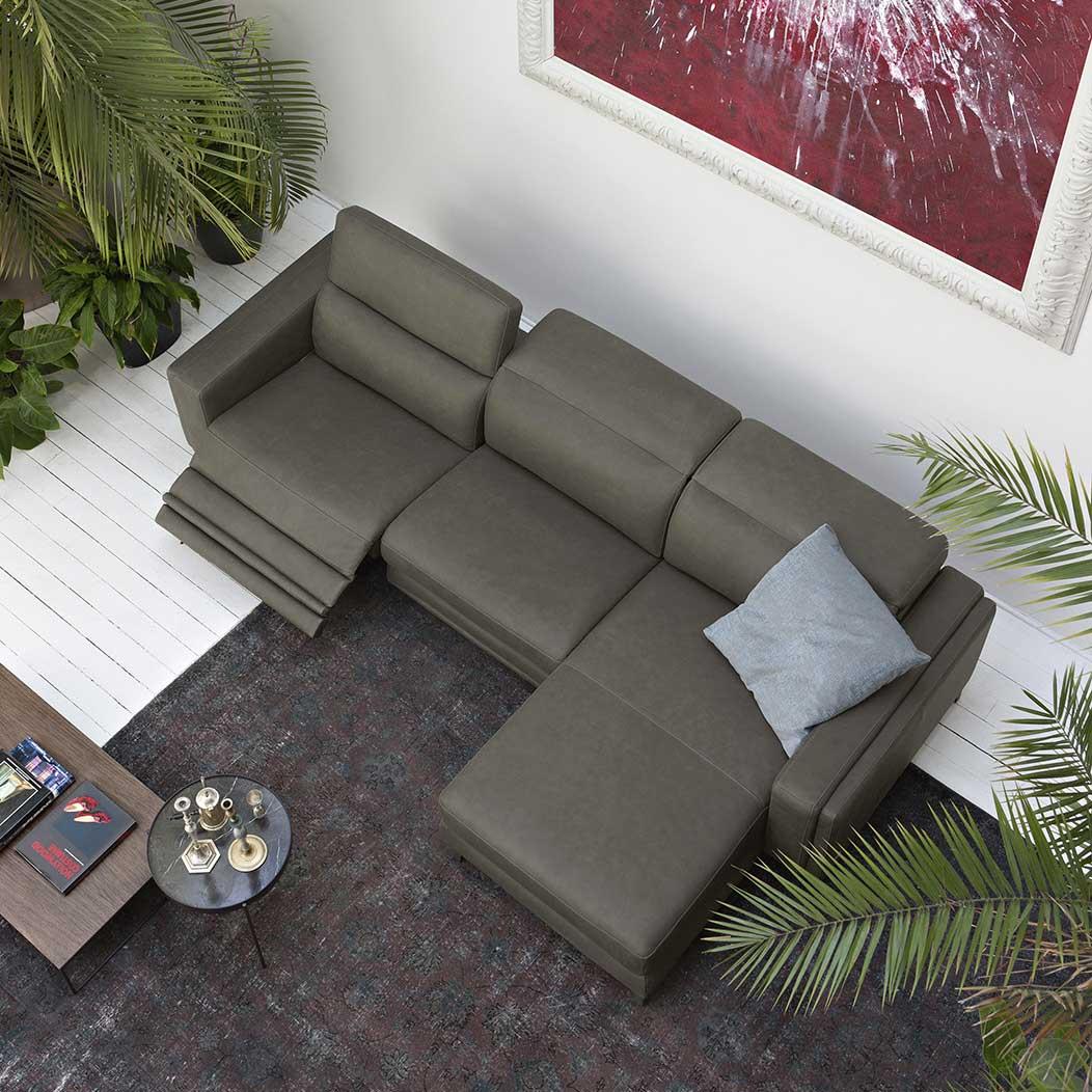 Divano con isola in pelle e movimento relax - Dimensione totale 304x173 cm - Evoque.