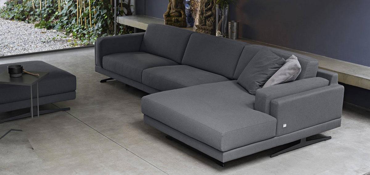 Scegliere la forma: i divani con isola. | SALOTTO PERFETTO