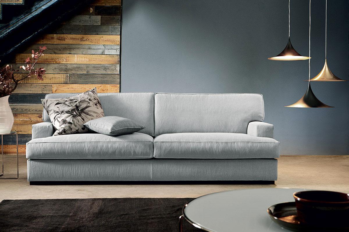 divani in piuma o misto piuma, modello Ghost di Doimo Salotti.