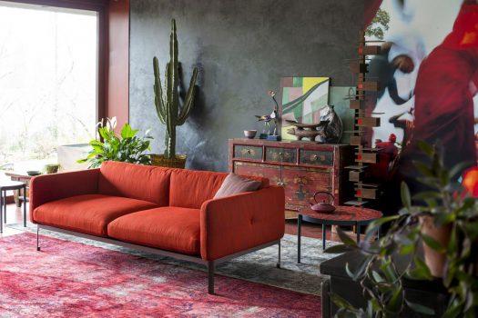 5 divani arancioni tra i colori di Settembre.
