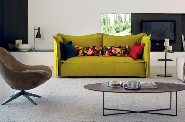 Pulire il divano : istruzioni e consigli