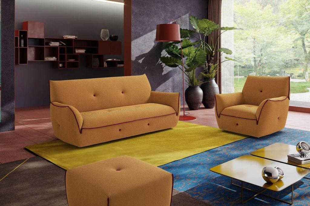 Divano in tessuto elasticizzato colore giallo